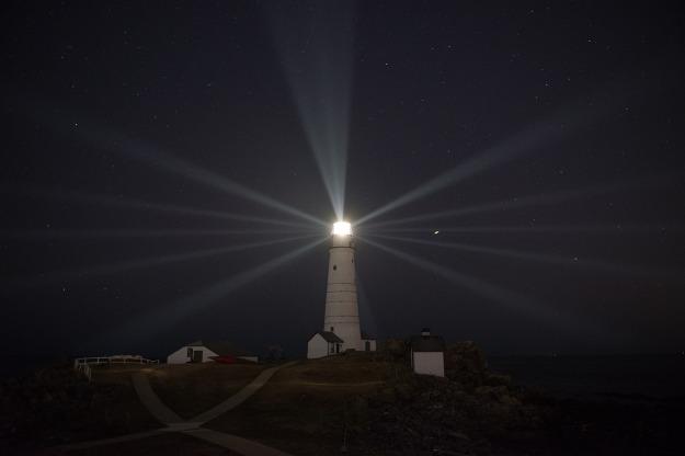 lighthouse-1969705_1280
